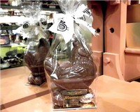 Milk Chocolate Chicken on Assorted Filled Eggs 180g