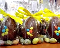 Milk Chocolate Egg with Dragee Decor on Micro Eggs 50g