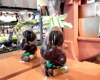 Dark Chocolate Hollow Eggs on Praline Eggs 175g