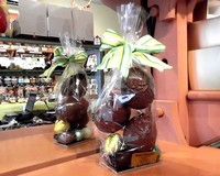 Milk Chocolate Hollow Eggs on Praline Eggs 175g