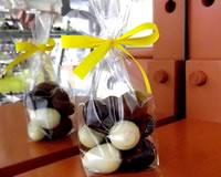 Assorted Milk Dark and White chocolate praline filled Eggs 110g