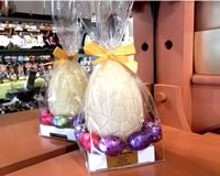 White Chocolate Easter Egg with Assorted Filled Eggs 190g